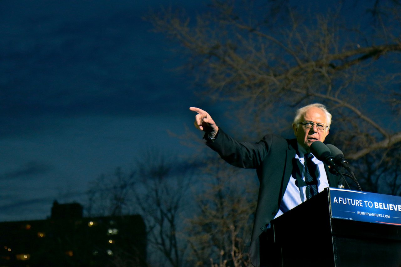 Sanders storms St. Mary's Park