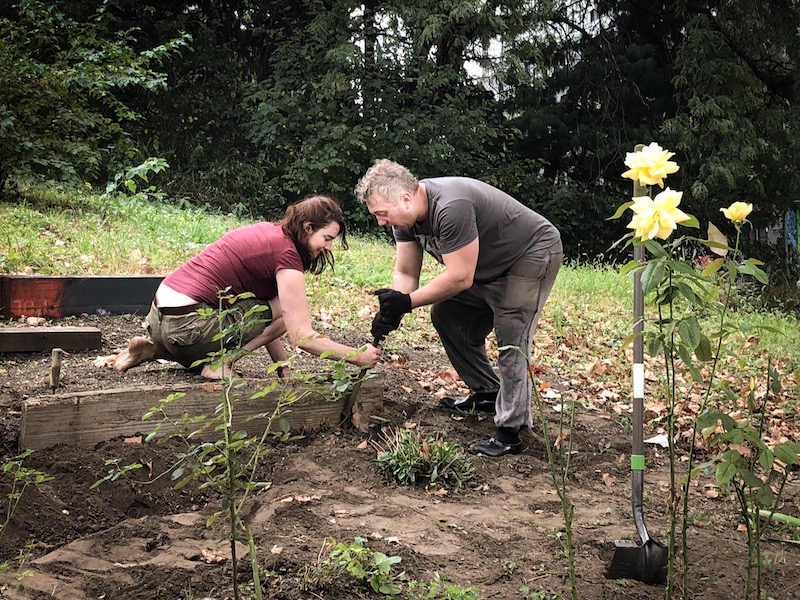 Volunteers adopt green space from transportation department